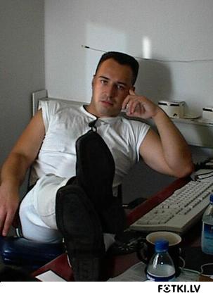 http://photos.fotki.lv/photos/1/W0000252/000025166/000002516531_%23_2_%23_sheriff.jpg