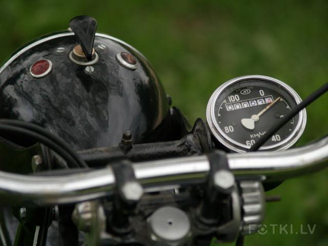 http://photos.fotki.lv/photos/4/W0002357/000235691/000023569046_%23_2_%23_motociklistins.jpg